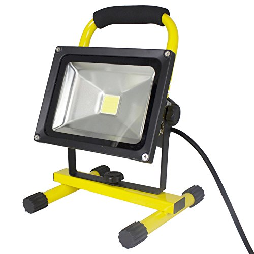 20-Watt-LED-Portable-Worklight-Floodlights-wTelescoping-Tripod-1900-Lumens-Set-of-3-0-0