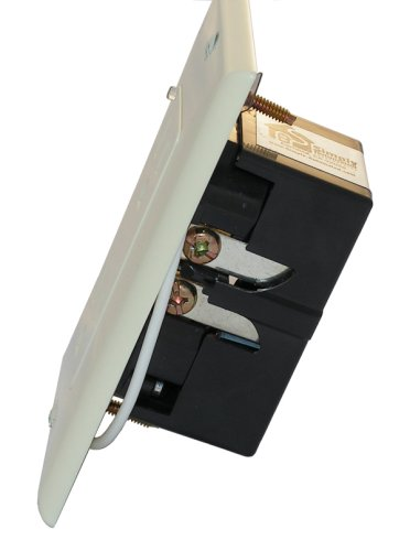 Simply-Automated-URD-30-W-Controlled-Receptacle-White-0-0